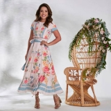 compra de vestido longo plus size moda evangélica Chácara Flora