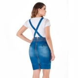 vestido jardineira jeans plus size